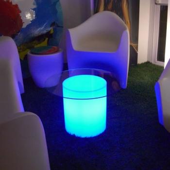 Mobilier design, gamme LOUNGE pour vos brunchs et repas de famille à Toulon 83000 Var PACA